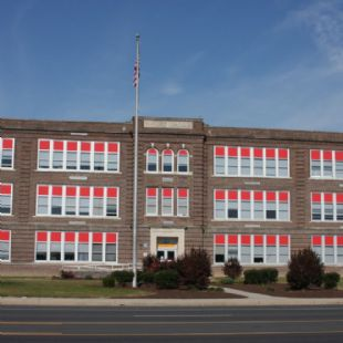 Seaford Middle School - DeVac 400 windows w/non conductive cellular vinyl 1/2